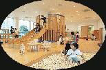 木製大型遊具・滑り台・やぐら付き